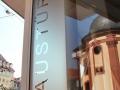 Schaufensterbeschriftung: Türen & Fenster Braun Rastatt