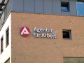 Profilbuchstaben mit LED-Ausleuchtung: Agentur für Arbeit Karlsruhe