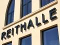 Profilbuchstaben mit LED-Hintergrundbeleuchtung: Reithalle Rastatt