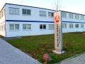 Stele mit Bodenstrahler: Agentur für Arbeit Karlsruhe