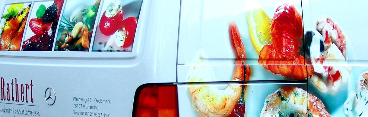 mvlichtwerbesysteme in Karlsruhe (Linkenheim) gestaltet und produziert Ihre Fahrzeugbeschriftung, Autoaufkleber, Folienplott für Geschäftswagen, PKW-Folierung, LKW-Beklebung, Folienplott für Geschäftswagen und Anhängerbeschriftung aus verschiedenen Materialien und in diversen Ausführungen.